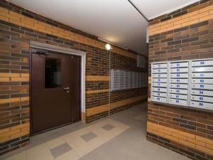 entrance-brick-02